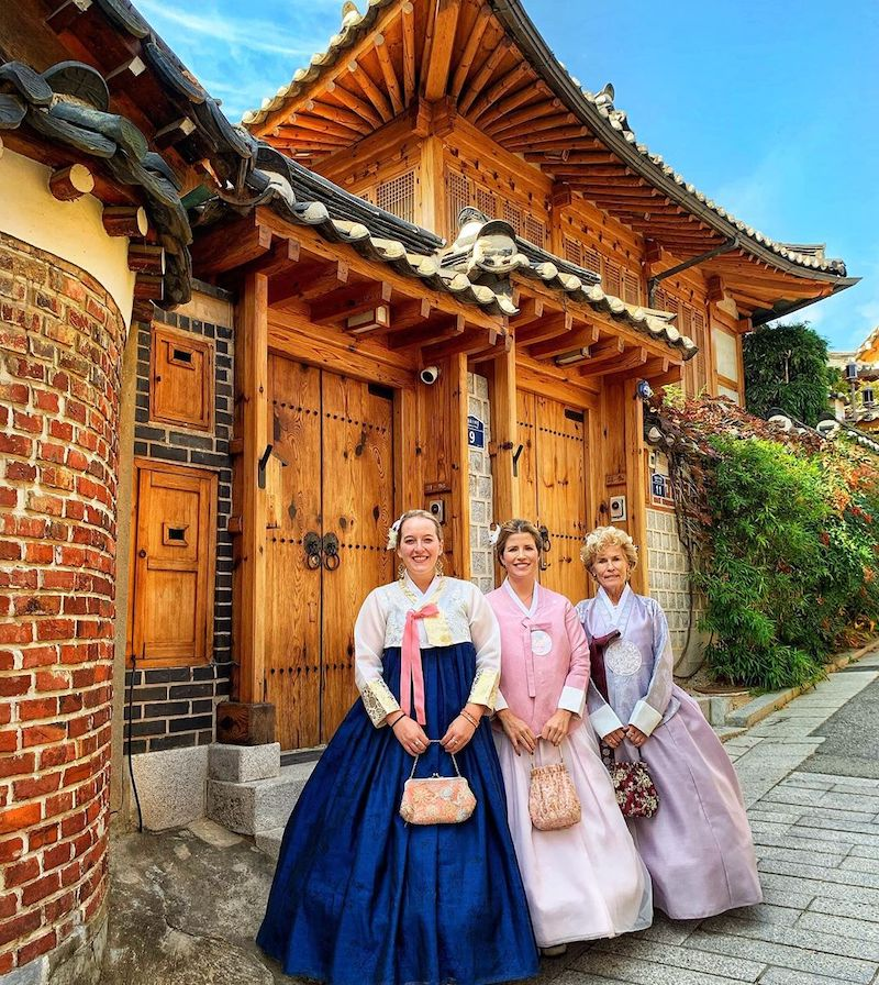 Traditional Korean clothes