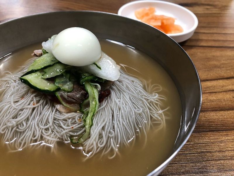 naengmyeon (cold buckwheat noodles)